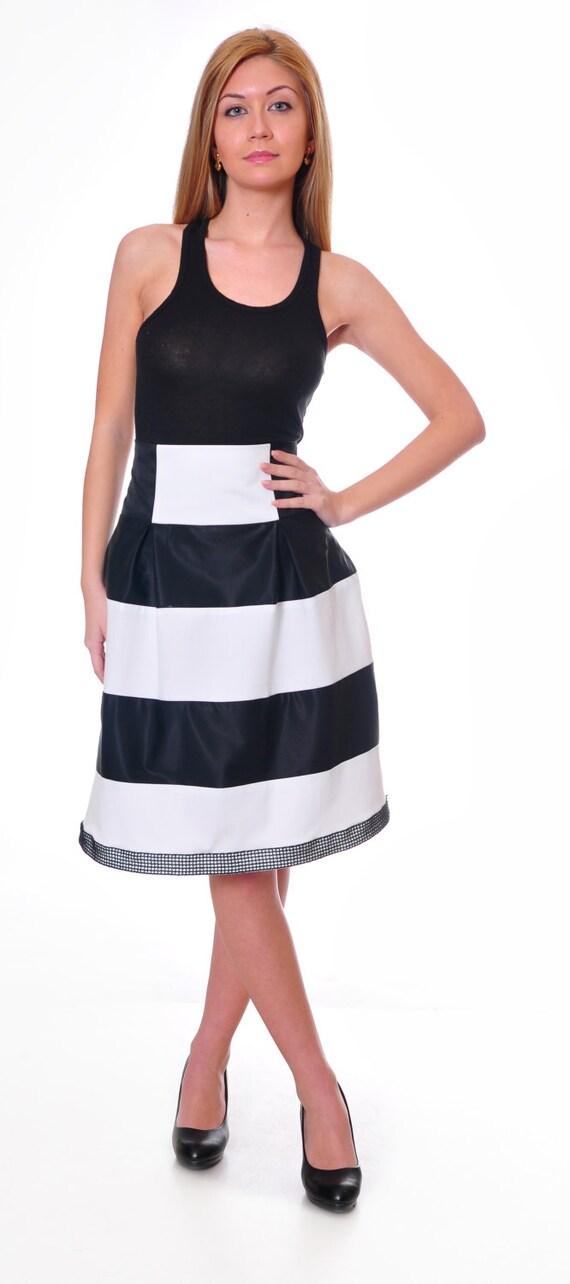 striped maxi skirt high waisted skirt black and white skirt
