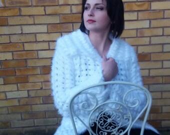 white elegant coat/cardigan spring autumn women wear