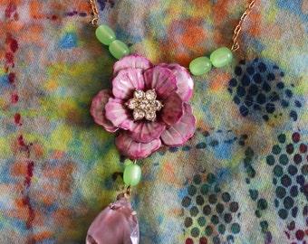 statement assemblage necklace OOAK, vintage Swarovski flower, pink, mauve, glass pendant, rhinestones, lime green, handmade in France / A026