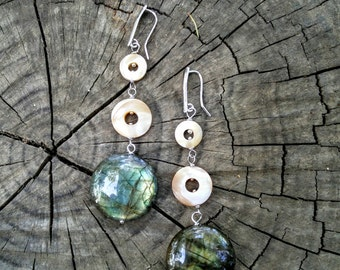silver earrings 925 rhodium with mother of pearl and labradorite