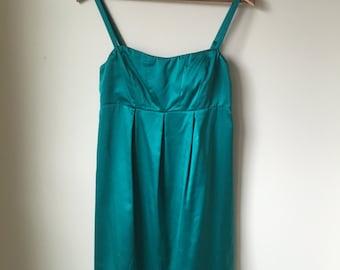 Fun Vintage Short Emerald Green Dress