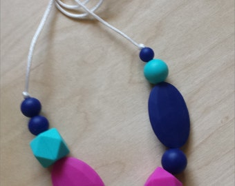 Felicity Silicone Necklace: Turquoise - Navy - Violet Pink