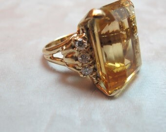 Vintage 14K Yellow Gold Citrine Ring - 47 carats, Size 8