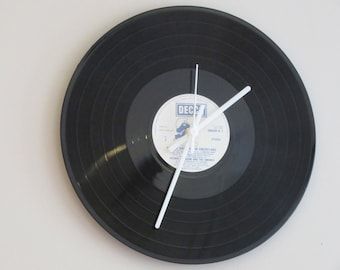 Smuf vinyl clock