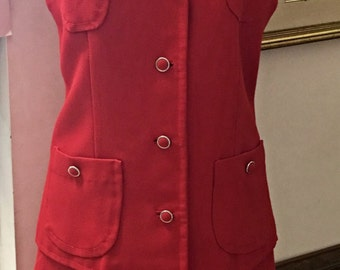 Mothers day gift 1950's suit  fully lined and original with pockets perfect for rockabilly in Pillar box red
