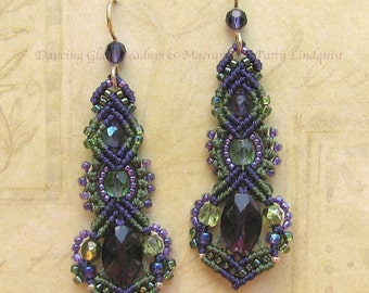 Micro Macrame Earrings, Beaded Earrings in Purple and Sage green, Beaded Earrings, Micro Macrame, Minerva style
