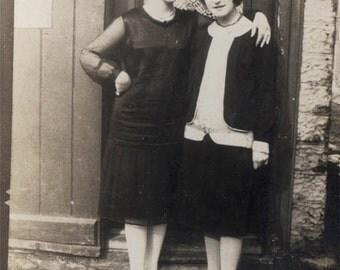 Vintage photo 2 Women stand Affectionate in Doorway
