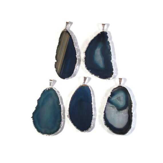 One Blue Gemstone Pendant, Silver Plated Quartz Charm, Agate Slice Pendant, Bezel Set Gemstone (C-Ag22)