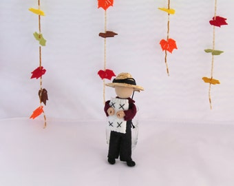 Thanksgiving ornament - Felt Art Doll - Piksee Dresses Up as Pilgrim for Thanksgiving, Felt decorations, felt ornaments