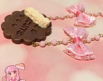 Chocolate Cookie With Whipped Cream Pink Bows Beaded Necklace