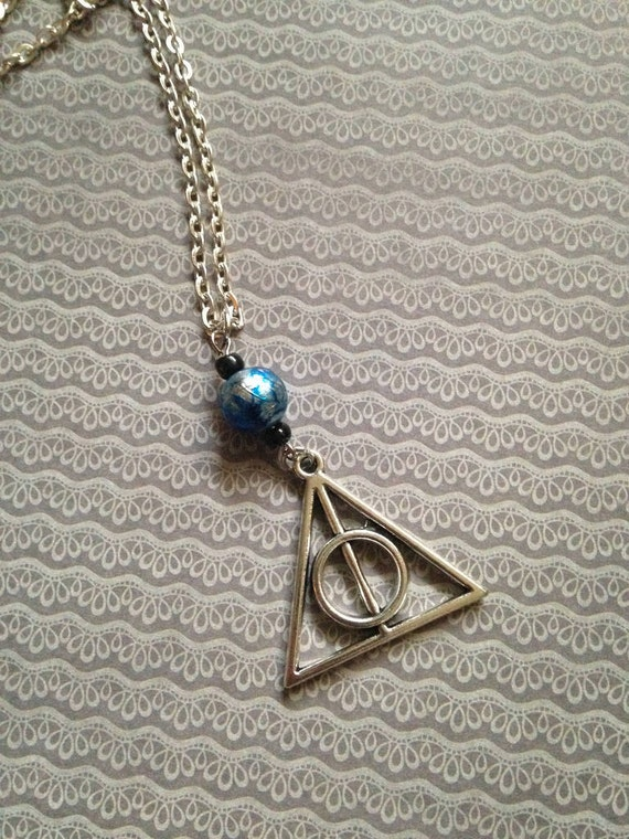 Harry potter deathly hallows necklace blue bead by missinthia for Deathly hallows elder wand