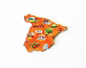 España / Spain Brooch - Lapel Pin / Unique Wearable History Gift Idea / Upcycled 1960s Wood Puzzle Piece / Timeless Gift Under 50