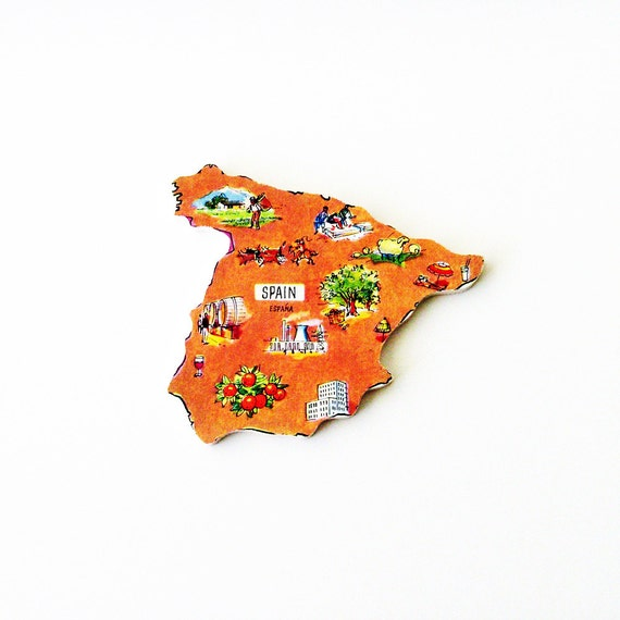 1960s España / Spain Brooch - Pin / Unique Wearable History Gift Idea / Upcycled Vintage Hand Cut Wood Jewelry / Timeless Gift Under 50