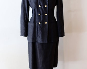 Vintage 1990s Chanel Suit ~ Vintage Chanel Black Linen Suit With Gold Buttons