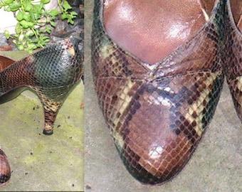 Vintage Shoes -Stuart Weitzman - Pumps - Snakeskin Python Leather - Martinique - Original Box