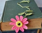 Handmade Bookmark - Booklover Gift - Crochet Gift - Gift for Her - Crochet Bookmark - Flower Bookmark