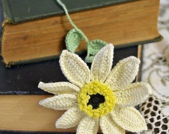 Handmade Bookmark Crochet Flower Bookmark - Booklover Gift - Gardeners Gift - Women's Gift