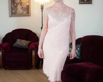 Vintage 1930s Slip - Peach Pink Rayon Bias Cut 30s Slip with Floral Lace Bodice