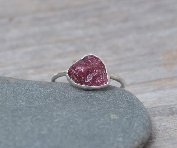 raw ruby engagement ring, rustic ruby stacking ring, 2.5ct ruby ring, ruby anniversary ring with or without side rings