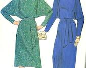 Vintage 80s Butterick 4652 Misses Dolman Sleeve Dress or Lounge Robe/Caftan Sewing Pattern Size 8-12