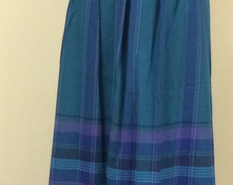 1970s Vintage Pendleton Plaid Skirt - Wool Skirt in Cool Blue Hues - Traditional Classic Style - School Girl - Fall Winter Skirt - 32 Waist