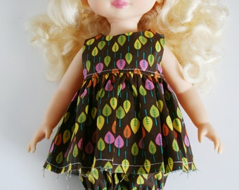 Disney Animator Doll Clothes - 2 Piece Outfit - Balloon Shorts and Top for a Disney Princess - Fall Leaves