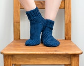 Hand Knit Wool Socks, Women's Size 6/7, Knitted Ankle Socks in Navy Blue (2002)
