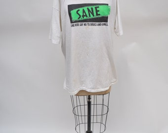 vintage tshirt DISTRESSED burner oversized boyfriend fit t-shirt 1980s stained NO DRUGS sxe straight edge