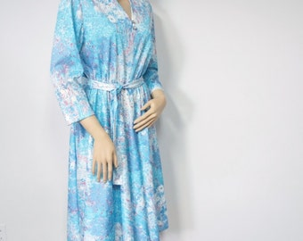 Blue Casual Dress Vintage 1970's Dress Shirtwaist Floral Long Sleeve Belted Full Skirt Dress Size Medium