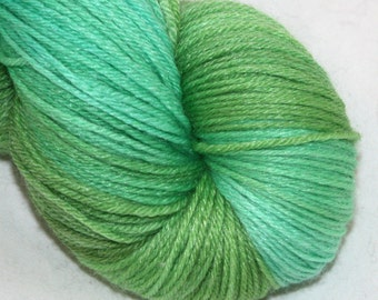 New Leaf--Jungle Cat -- SW merino/bamboo