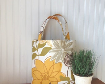 Floral Tote Bag, Shoulder Bag, Purse, Carry All Bag, Market Bag, Magnolia Handbag, Book Bag, Library Tote, Gift Idea or Her, Jannysgirl