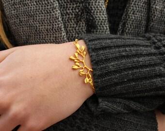 Golden Branch Bracelet.