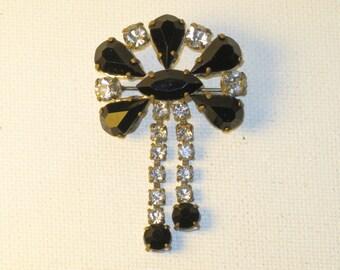 Vintage Germany Art Deco Black Clear Rhinestone Dangling Brooch Pin (B-3-2)