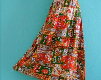 SALE 20% OFF coupon code FALLFORWARD16 ~ vintage 70's floral bohemian midi skirt