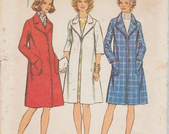 Simplicity 5526 / Vintage Sewing Pattern / Coat / Size 42 Bust 46