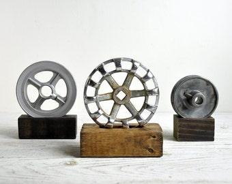 Industrial Metal Gear Sculpture, Vintage Iron Gear, Industrial Art, Industrial Decor