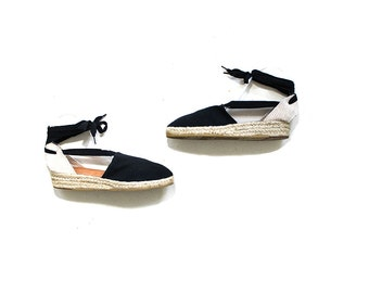 Vintage Lace Up Espadrilles 8.5 / Black Canvas Wedges / Ankle Tie Sandals / Espadrille Wedges