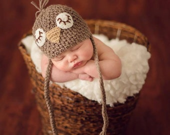 15% OFF  Newborn photo prop, newborn hat, newborn boy, newborn girl, newborn props, Sleepy birdie hat in newborn size.
