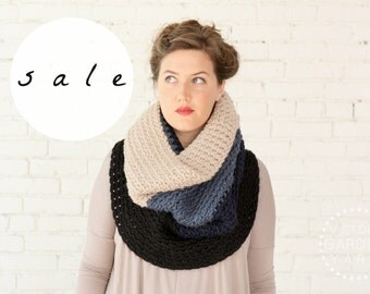 SALE | LAST ONE! | The Ombré Cowl in Indigo | Chunky Knit Ombré Oversized Huge Textured Winter Cowl Scarf