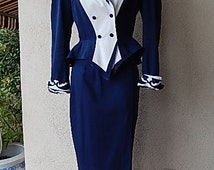 Vintage 1980s 1990s Women's IIF Dynasty Navy Blue White Rayon Double Breasted Business Career Joan Collins 2 Piece Suit Size 6