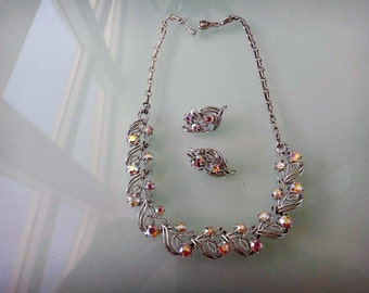 Vintage Signed Coro Rhinestone/Silver tone Choker necklace with matching clip on earrings from 1950's Beautiful Vintage Sparkle