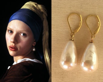 Girl With A Pearl Earring. Scarlett Johansson Inspired Gorgeous Pearl Earrings In Cream Vintage Pearl Drops