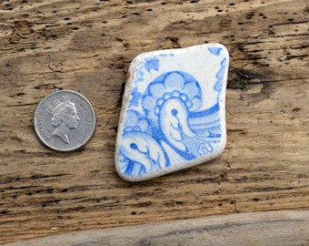 TWO BIRDS -  Sea Pottery Shard - Scottish Beach Finds - Supplies (4506)