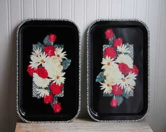 2 Black Trays with Red Roses, Vintage Floral Serving Trays, White Daisy Carnation Flowers, Shabby Chic Home, Black and White Decor, Metal