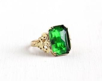 Sale - Vintage Brass Green Glass Stone Czech Ring - 1930s Size 6 3/4 Art Deco Costume Jewelry Made in Czechoslovakia Emerald Cut Stone