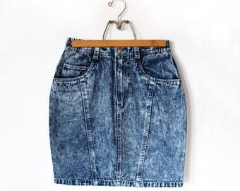 "Vintage Womens High Waisted Denim Jean Pencil Skirt Acid Wash 1980s 1990s Size Small 27"" Waist"