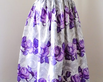 1950s 60s Purple rose print cotton skirt / 50s pleated day skirt - XS
