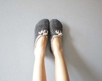 Yoga shoes handmade for home, woman slippers in wool for winter