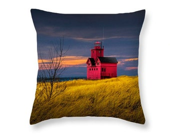 Big Red Lighthouse Throw Pillow in early autumn by Holland Michigan No.0038 seascape decorative novelty pillow Home Décor cushion cover