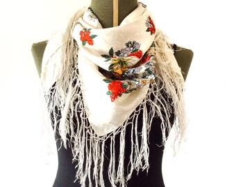 20% SALE Vintage floral scarf with fringe, gypsy scarf, bohemian scarf, boho scarf, floral russian scarf, hippie scarf